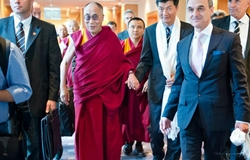 China expresses objection to Austrian Chancellor-Dalai meeting
