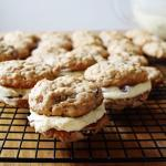 Rum and Raisin Oatmeal Sandwich Cookies - A mix and match between the classic combination of rum and raisin and oatmeal cookies to become a delicious new favourite, soft, slightly alcoholic sandwich cookie!