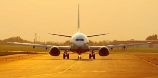 Lightning bolts hits passenger plane