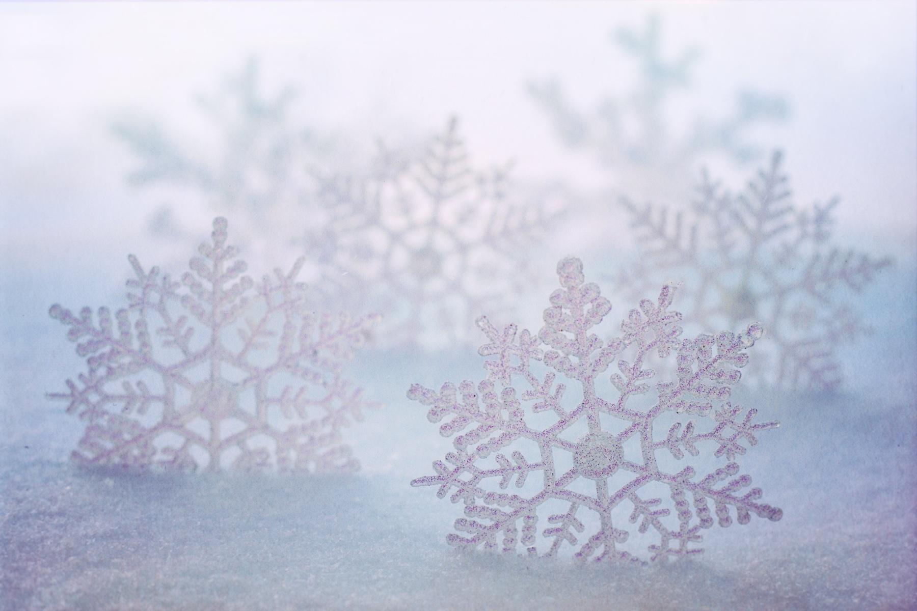 snowflakes-3971461