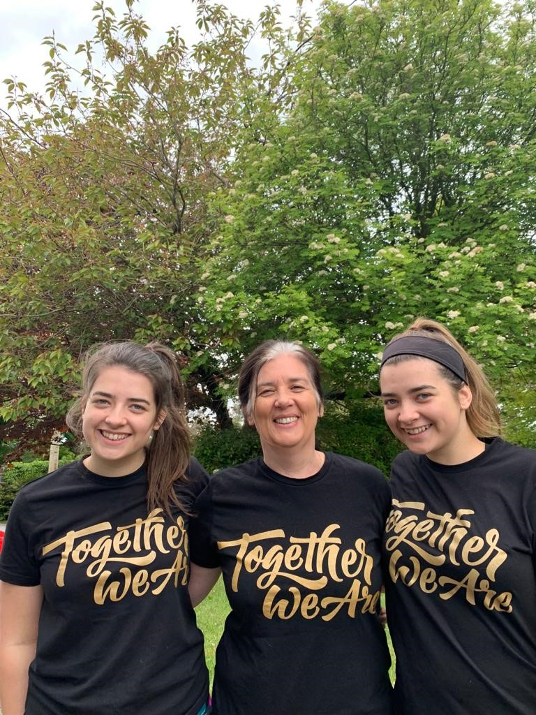 Mum and twin daughter team take on running challenge for Tearfund