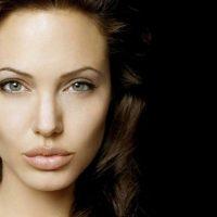10 Sexiest Angelina Jolie Scenes, Ranked