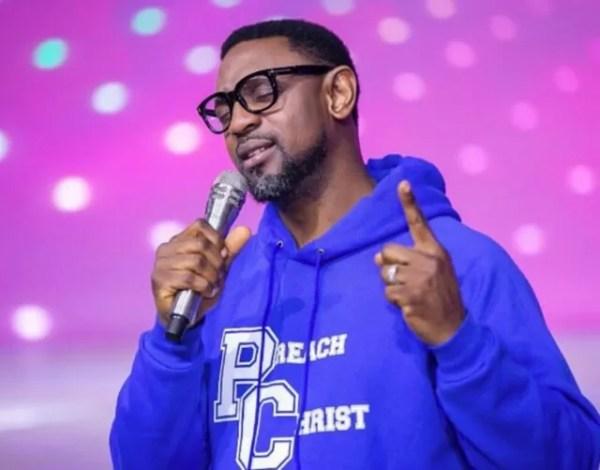 Pastor Biodun Fatoyinbo Bio, Age, Wife, Net Worth, University, Controversy, Birthday, House, Shiloh, Wiki