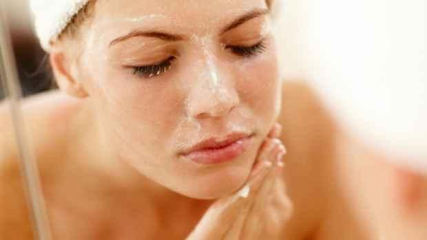 5 Super Simple DIY Face Scrubs - The Clothes Maiden
