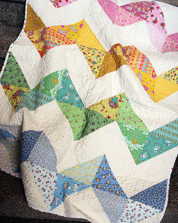 Chunky Chevron Baby Quilt 2