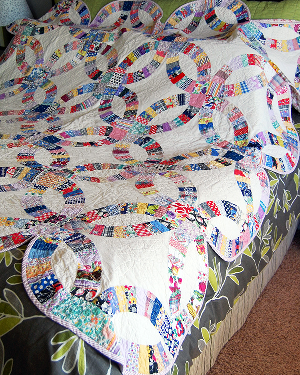 Double Wedding Ring Quilt 3
