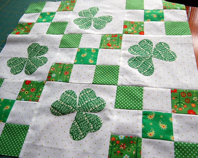 Make This: Irish Chain Quilt Tutorial : irish quilt tutorial - Adamdwight.com