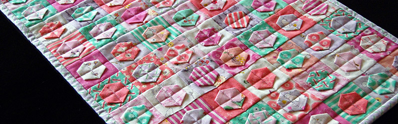 Make This: Patchwork & Hexagons Table Runner Tutorial