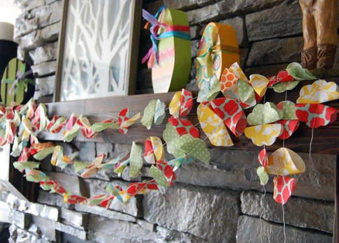Scrappy-Fabric-Flower-Garland-3