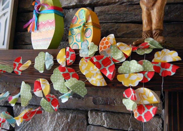 Scrappy-Fabric-Flower-Garland-4