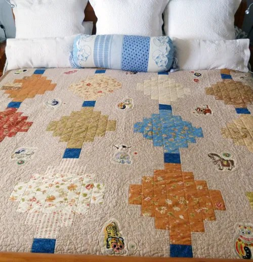 Chinese Lantern Quilt Top