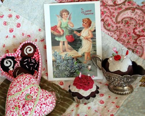 valentine-pincushions