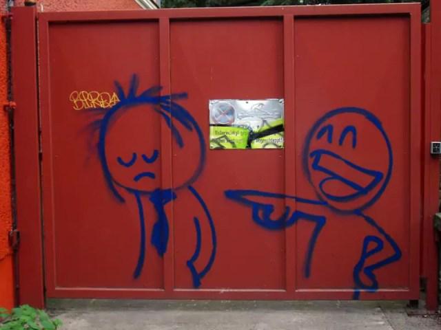 Prost-Weinbergsweg-Berlin-street-art
