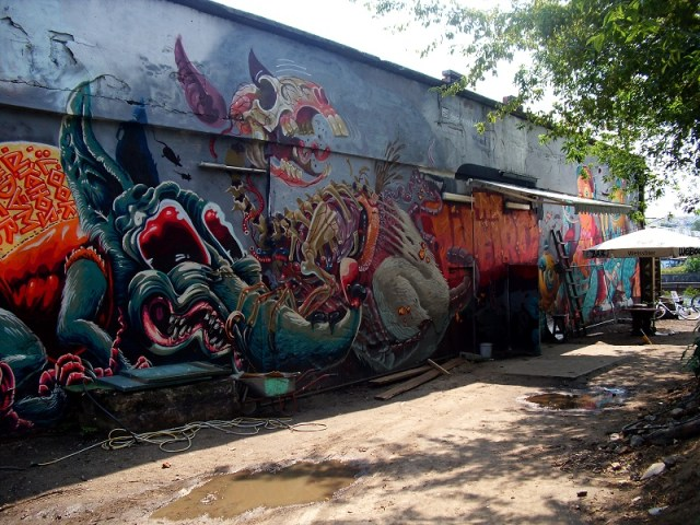 magdalena-club-wall-street-art
