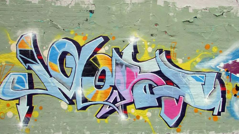 wall-graffiti-berlin-6