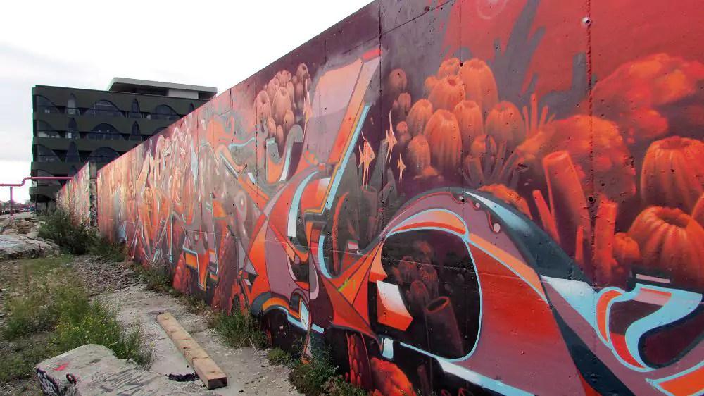 graffiti-berlin-stralauer-allee-19