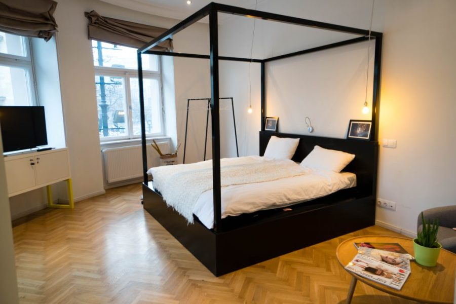 The Magazine Hotel and Apartments Budapest; Panorama Suite bed