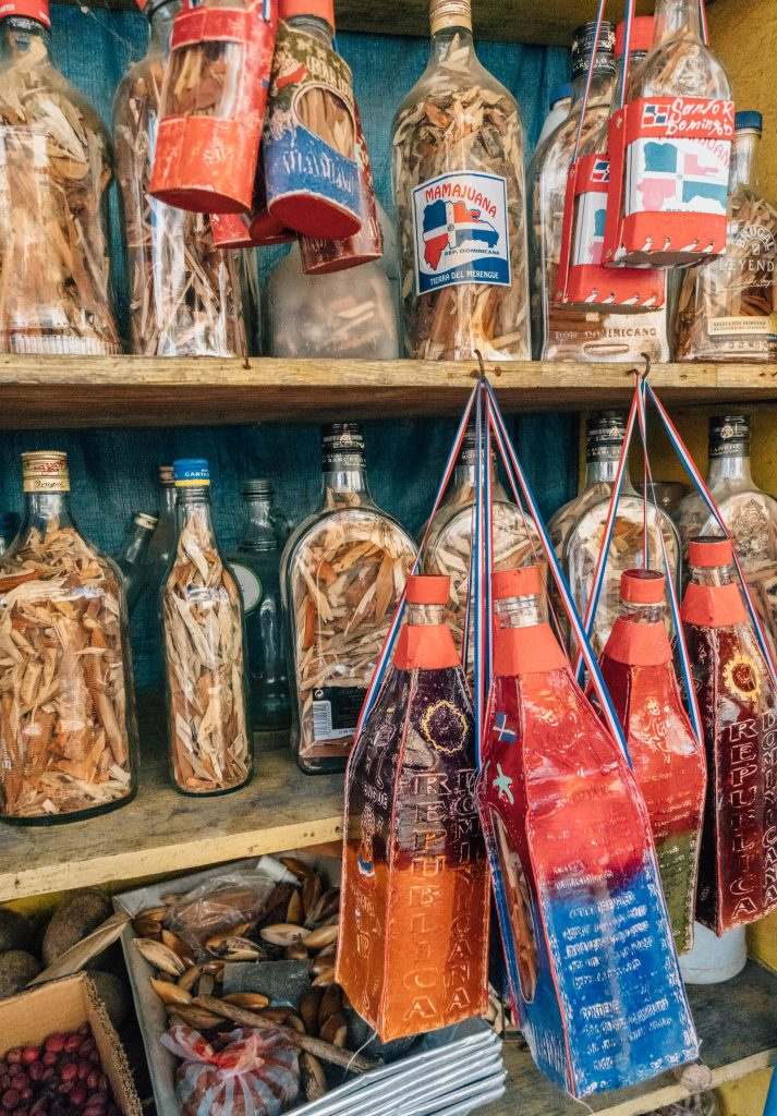 24 Hours in Santo Domingo; witch doctor bottles and shop
