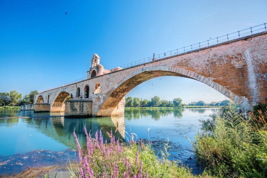 The Perfect 7-14 Day Provence and Côte d'Azur Itinerary; Avignon bridge