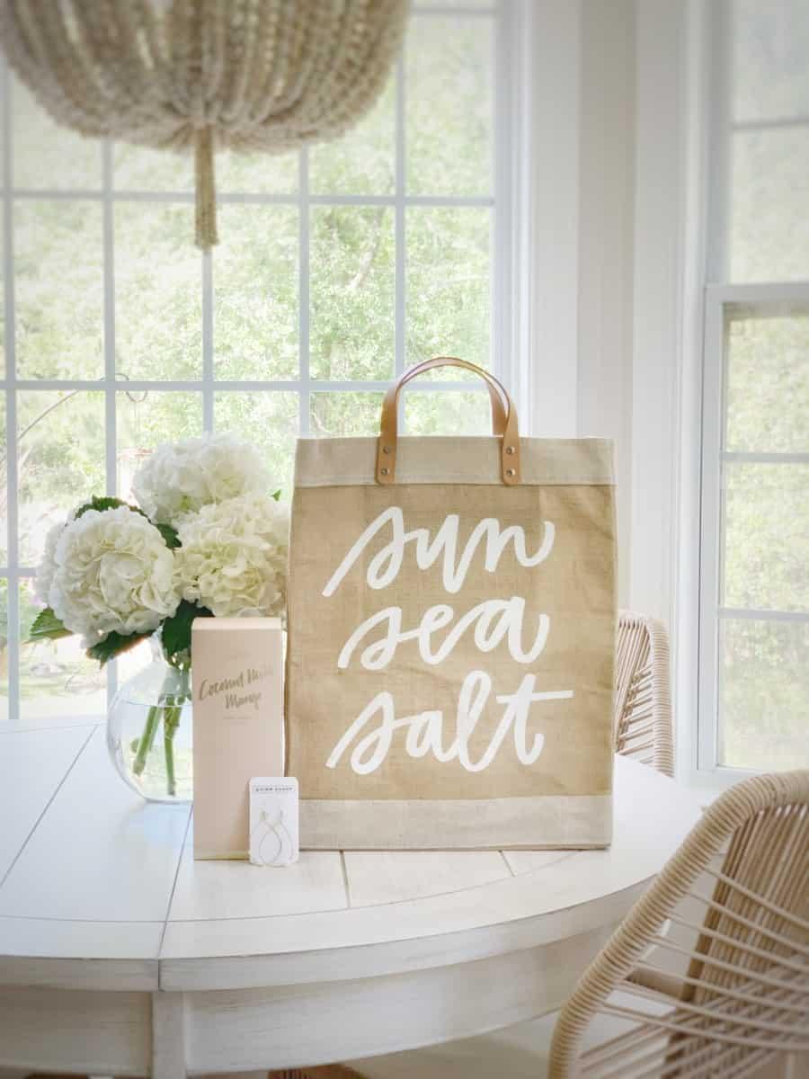 Mother's Day Gift Ideas for the Homebody, Sun Lover, Gardener, and Coastal Mom.  #coastalhome #mothersday #mothersday2020 #mothersdaygifts #giftideas #gardening #beachlist