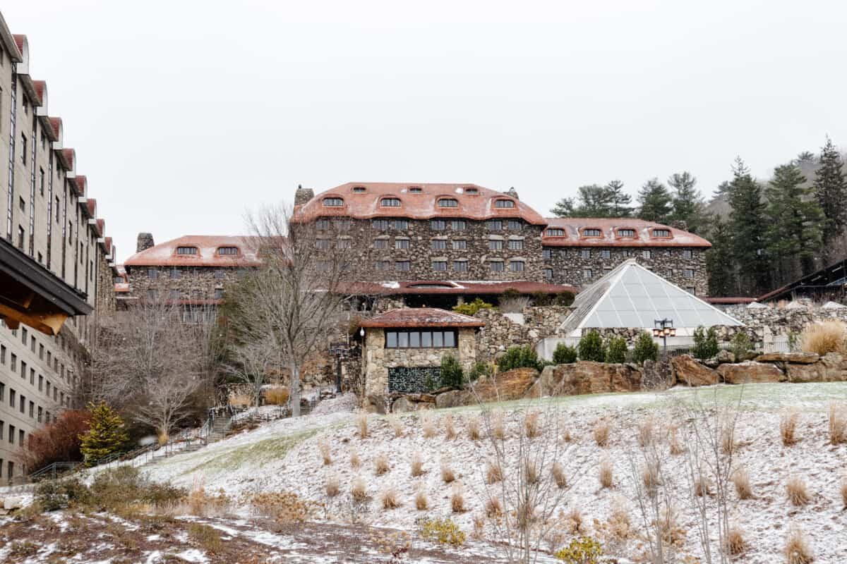 The Grove Park Inn at Christmas for the National Gingerbread Competition, located in Asheville, NC, has one of the most beautiful spas and one of the best hotels to lodge in WNC. #groveparkinn #nationalgingerbreadcompetition #gingerbread #giantgingerbreakhouse #asheville #northcarolina #visitasheville #ashevillehotels #ashevilleresort #mountainvacation