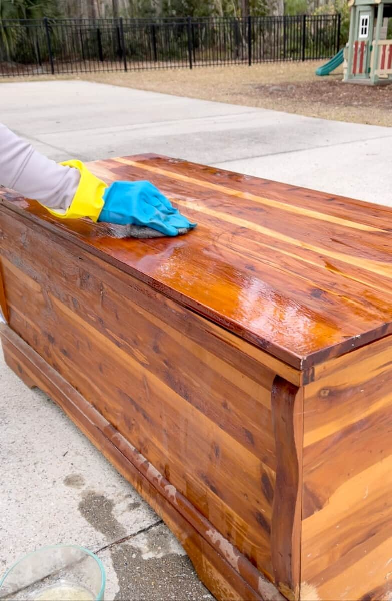 Using Minwax Furniture Refinisher to remove varnish from cedar hope chest.