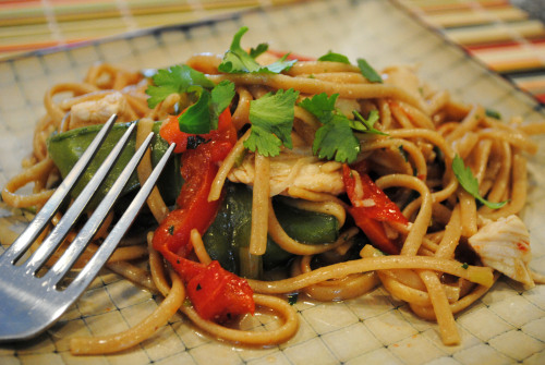 One Pot Wonder: Chicken Lo Mein