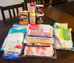 ingredients for cheesy bacon chicken cauliflower casserole