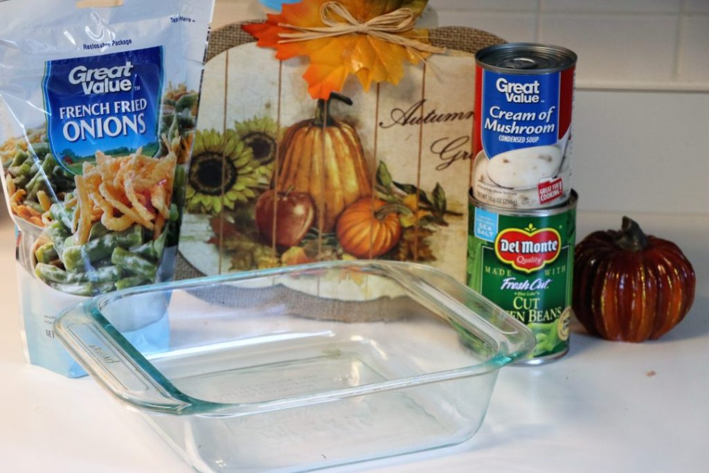Thanksgiving simple green bean casserole