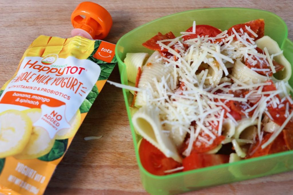 Pasta salad healthy school lunch idea