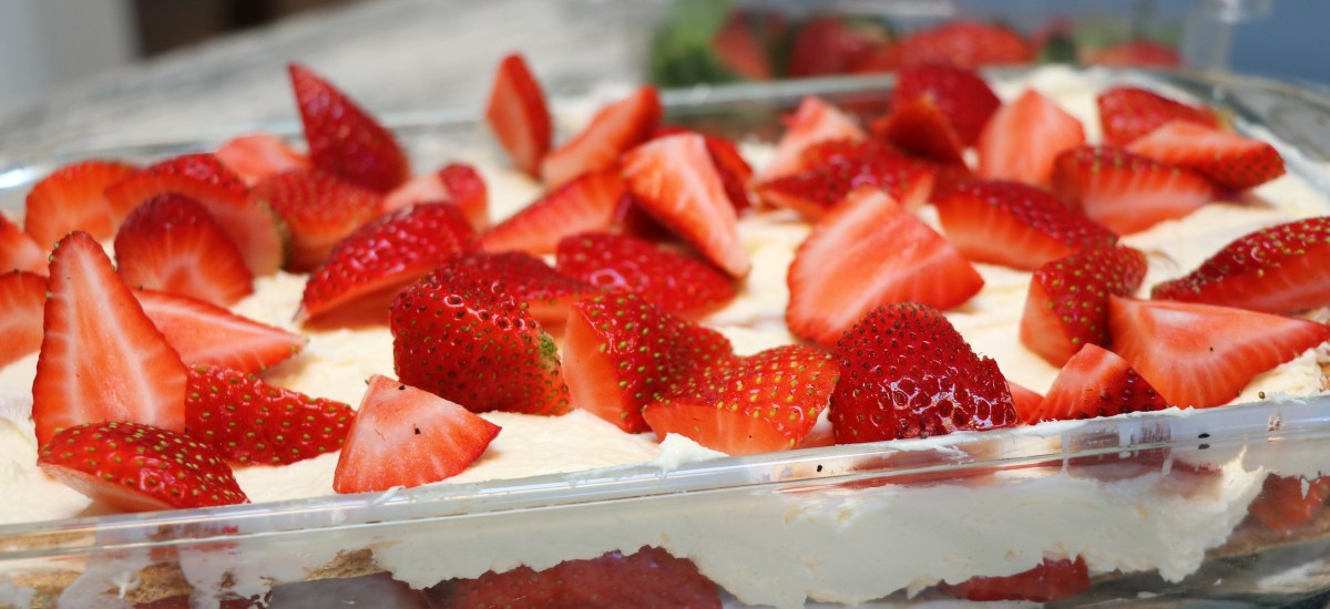 Easy No Bake Strawberry Cheesecake Lasagna