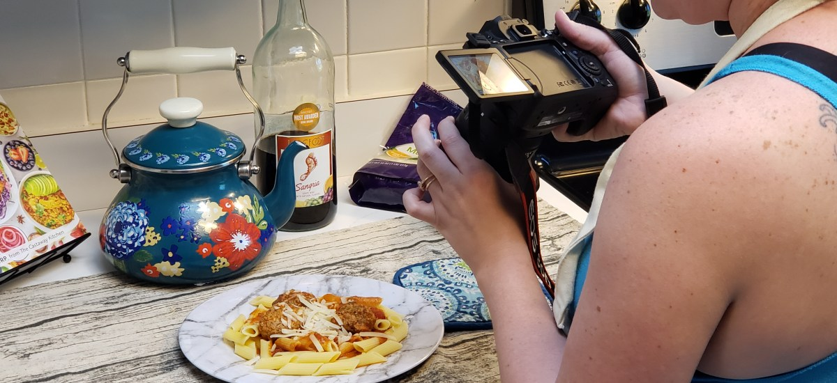 How To Easily Stage Food Photos On A Budget