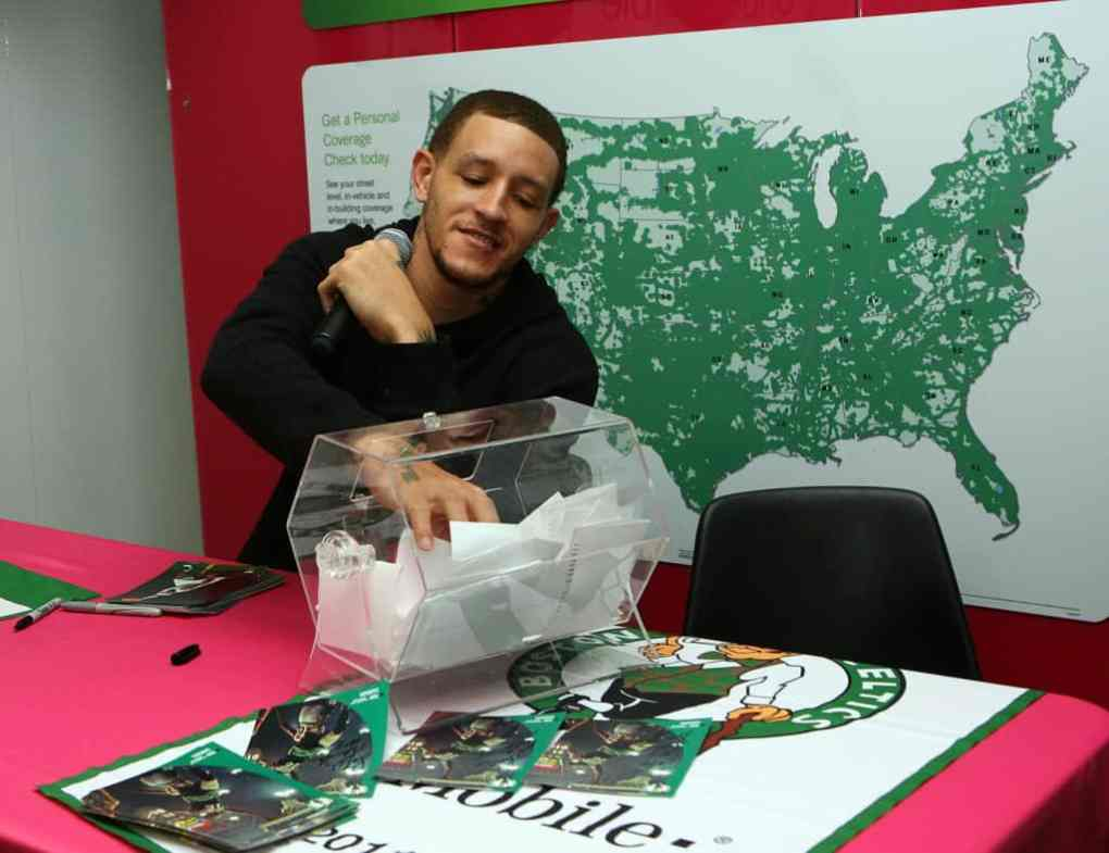 Delonte West attends the T-Mobile celebration of the partnership with Boston Celtics with Tip Off Tuesdays and Meet & Greet with Delonte West at T-Mobile Store on March 8, 2011 in Lynn, Massachusetts.