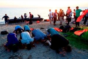 Garas refugees on beach