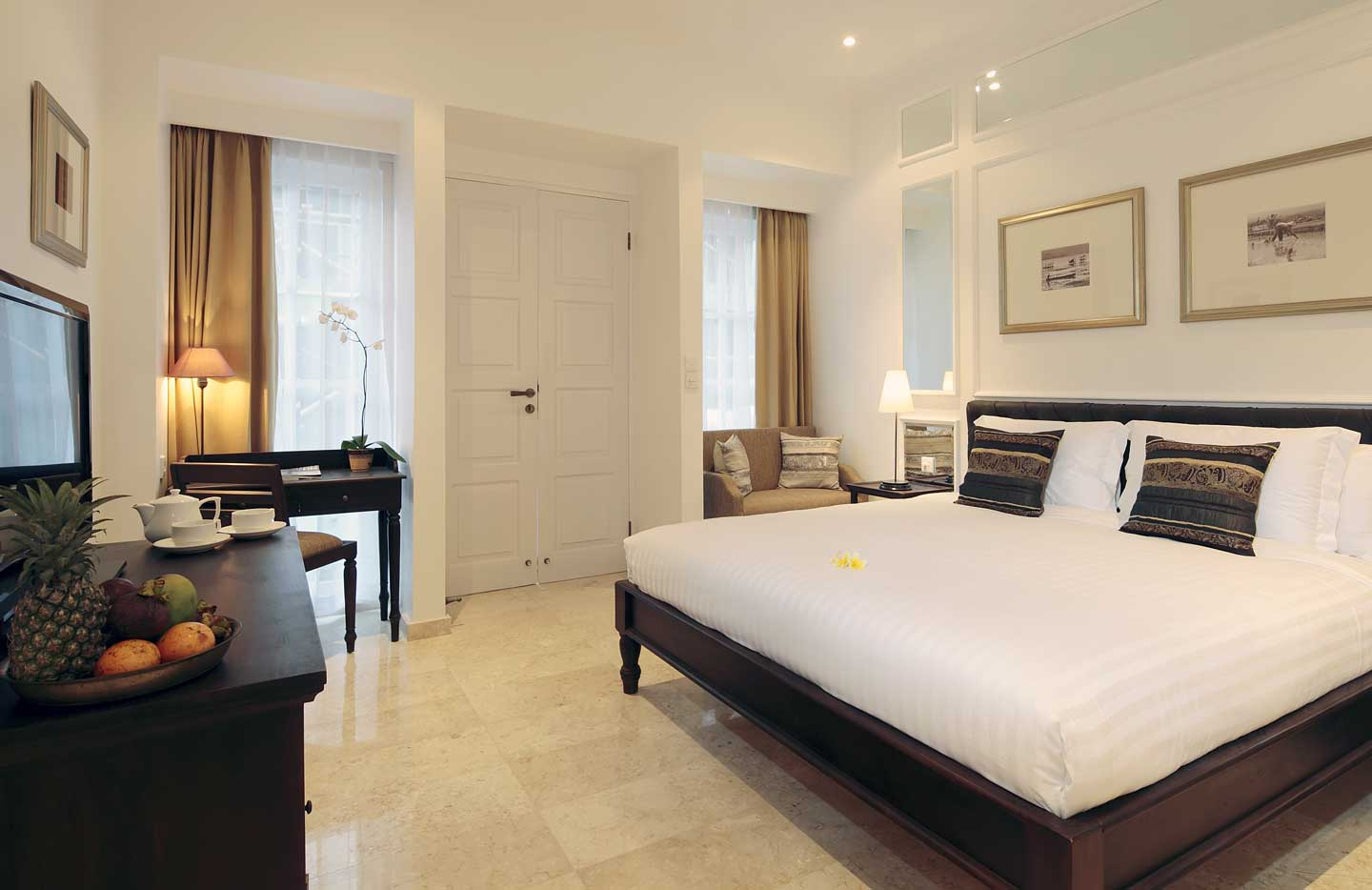 Boutique Accommodation In Seminyak The Colony Hotel Bali