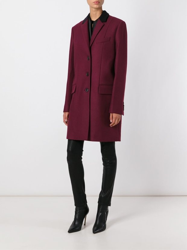 givenchy_contrast_collar_coat_thecolorharmony
