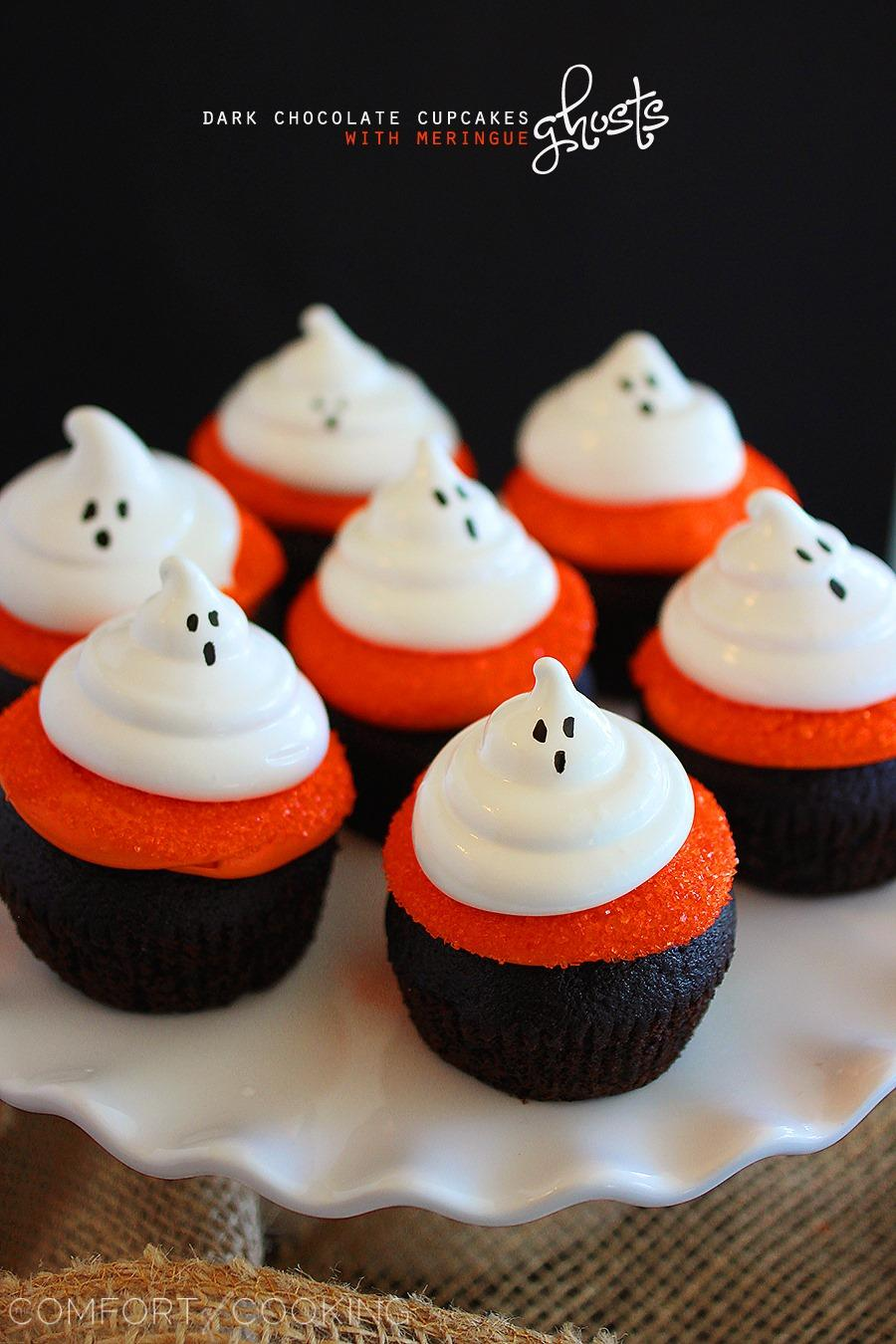 Dark Chocolate Cupcakes with Meringue Ghosts – Decadent dark chocolate cupcakes with fluffy meringue ghosts make for a scrumptious, spooky Halloween treat! | thecomfortofcooking.com