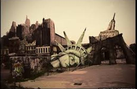 dead statue of liberty
