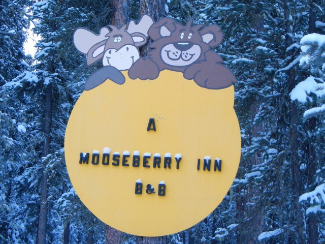 Welcome sign to A Mooseberry Inn