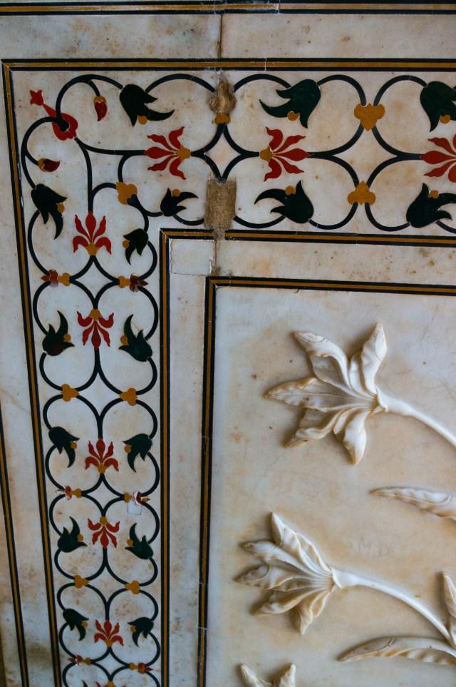 TajMajal Flower Inlay