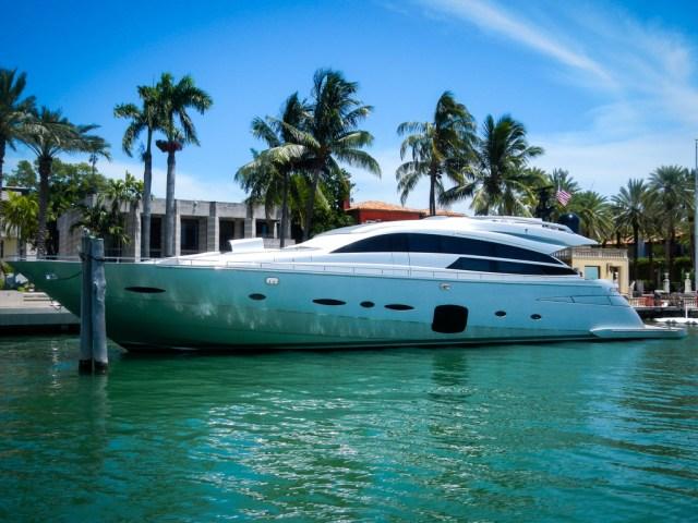 Tropical Sailing Miami Ski & Splash Cruise Tour