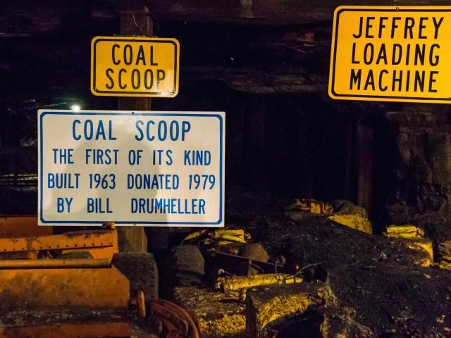 Coal scoop