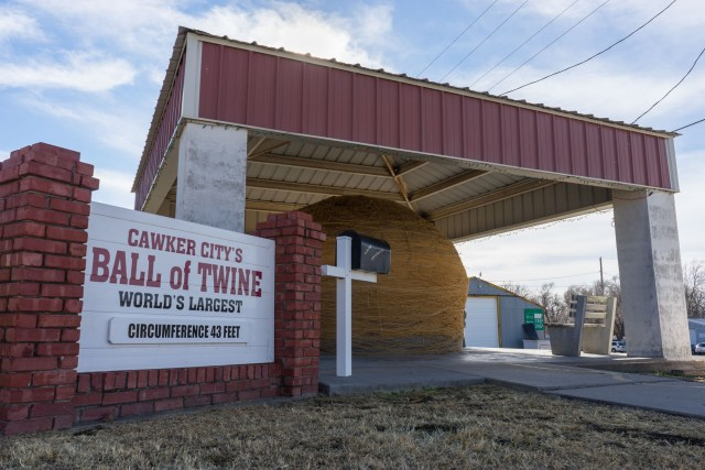 World's Largest Ball of Twine - Cawker City, Kansas