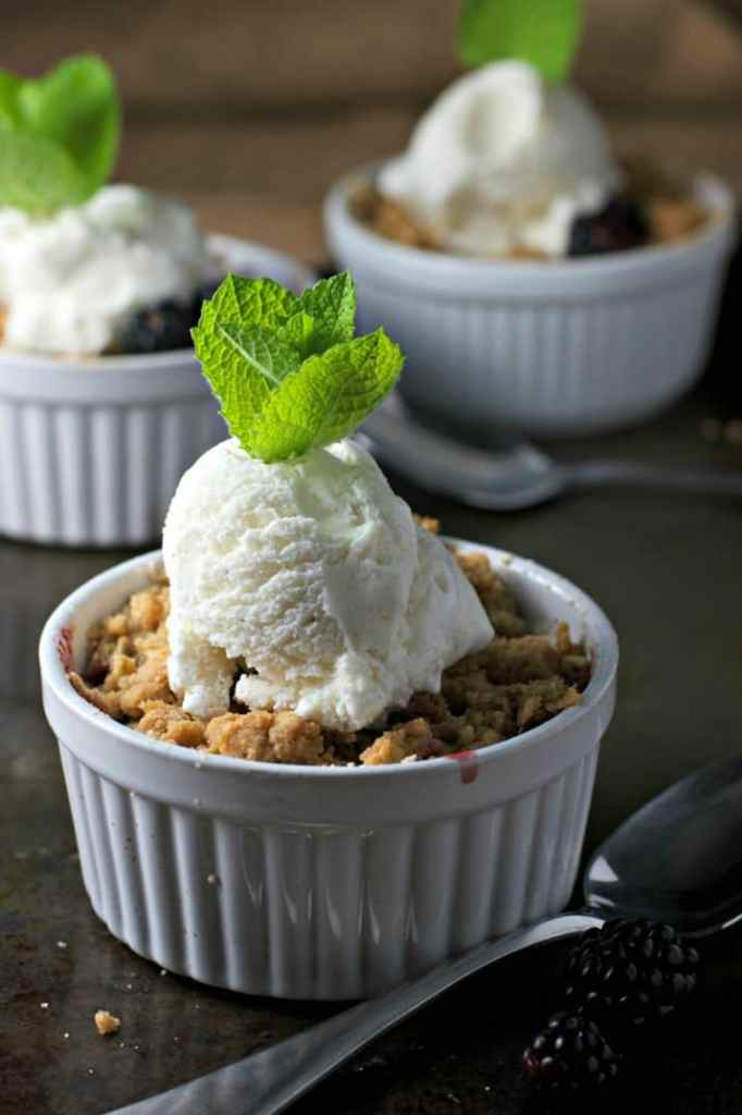 apple blackberry crisp 2