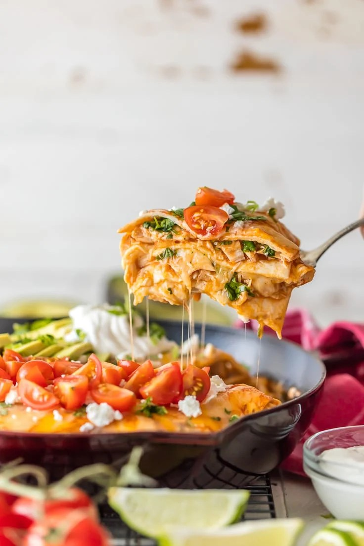 Chicken Enchilada Skillet Pie {The Cookie Rookie}
