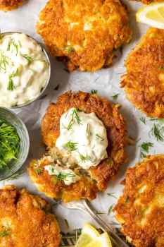 The BEST CRAB CAKE RECIPE is right here in front of you! I loooove fresh, crispy crab cakes, and these Baltimore Crab Cakes are really hitting the spot. This crab cake recipe is my ideal seafood dinner, and once we add on the homemade tartar sauce...YUM! I can't get enough of these things.