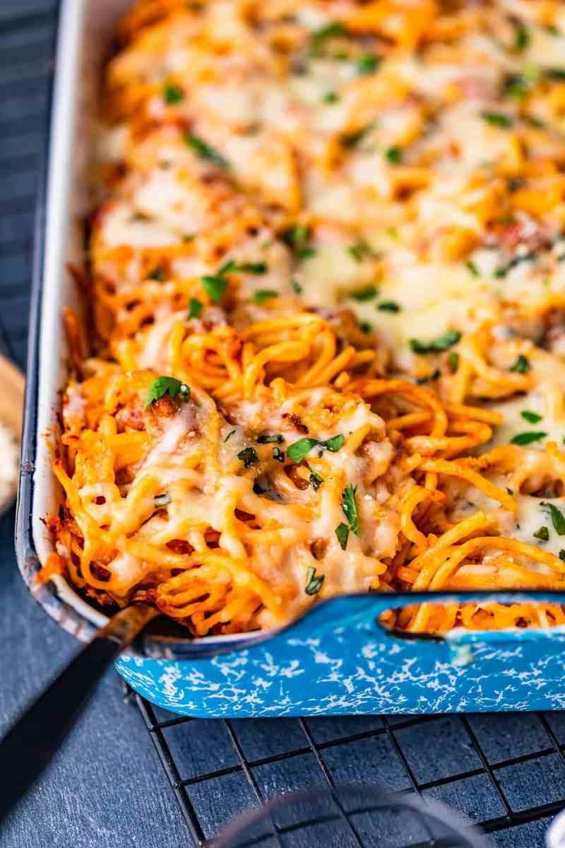 baked spaghetti in baking dish