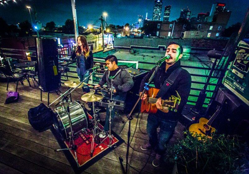 Live music on the rooftop of The Green Room, Dallas