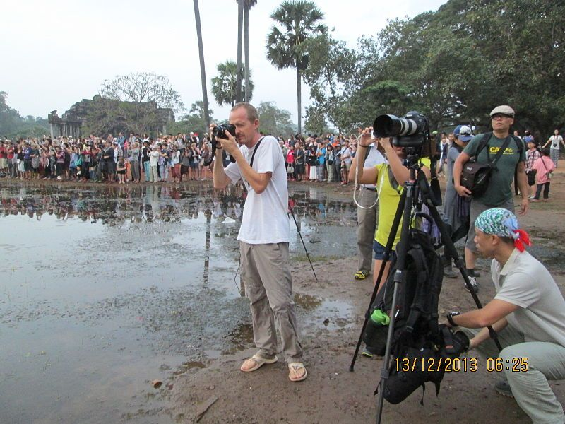 photographers at angkor wat