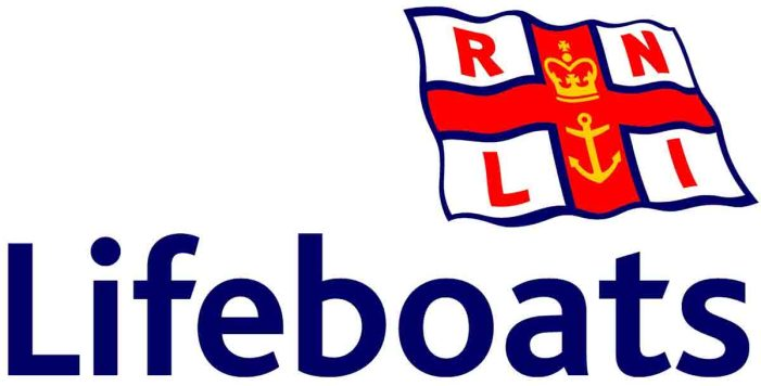 Baltimore RNLI help grounded yacht